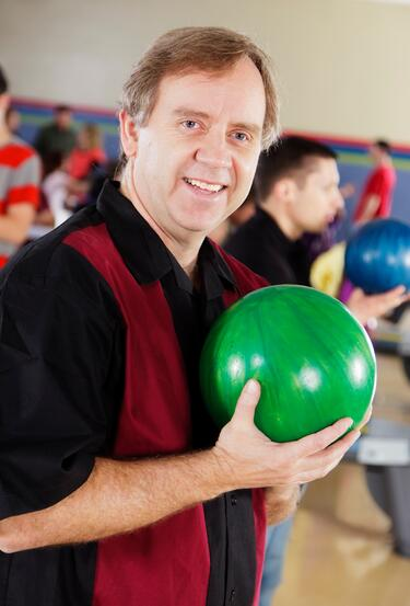 Non-believer salespeople are nice like this bowling dude but they cannot sell value