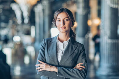 Competitive female CEO who recognizes the power of a winning mindset in salespeople