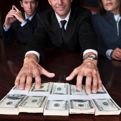 Pay_your_best_salespeople_what_they_are_worth